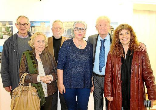 Biel Verd, Marisé Fernández-Segade, Tomeu Berga, Concha Gallego, Toni Marí y Elizabeth Gil.