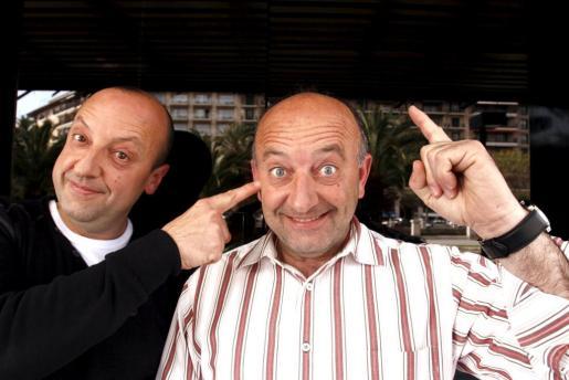 Miquel y Toni Fullana sospechan que los ladrones son gente conocida.