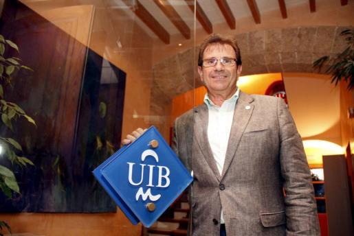 Llorenç Huguet, rector de la UIB.