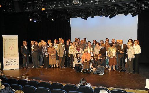 Algunos de los músicos homenajeados, este viernes en el Auditòrium.