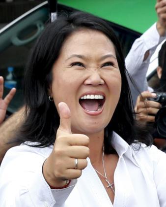 Keiko Fujimori, celebrando la victoria.