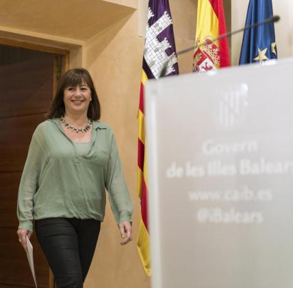 La presidenta del Govern balear, la socialista Francina Armengol, momentos antes de la rueda de prensa en la que anunció la remodelación de su gabinete.