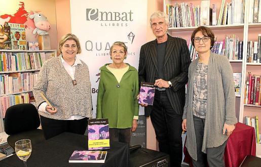 Esperança Camps, Maria Antònia Oliver, José Manuel Vidal-Illanes y Gloria Forteza-Rey.