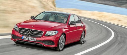 La marca introduce nuevos sistemas de seguridad y asistencia al conductor.