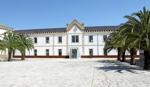El Museu del Calçat se encuentra en una gran nave del cuartel General Luque de la ciudad de Inca.