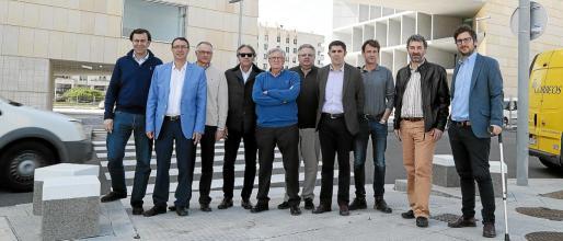 Un grupo de empresarios del transporte visitaron este martes el Palacio de Congresos.