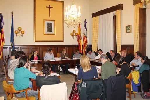 Imagen de archivo de un pleno de Santanyí.