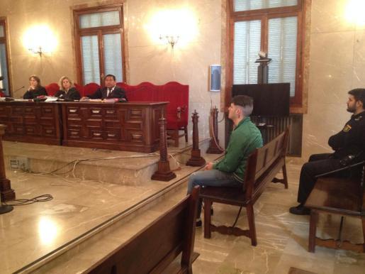 El okupa declarado culpable de matar a hachazos a un compañero en Eivissa conocerá en unos días la sentencia.