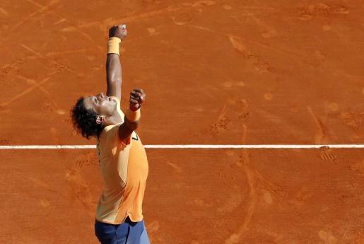 El español Rafael Nadal celebra la victoria ante el británico Andy Murray.