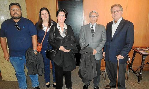 Miquel de Diego, Carme Obrador, M. Francisca Bibiloni, Jaume Cifre y Joan Moll.
