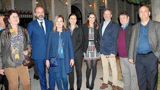 Elvira Sureda, Rafa Duran, Gari Duran, Paula Serra, Julia Dot, Pere Muñoz, Tomeu Martí y Pep Verger.
