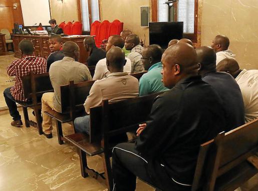 Varios condenados, este lunes en el banquillo de la Audiencia Provincial de Palma.