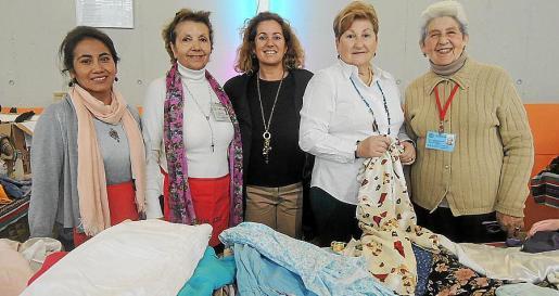 Julia Pachá, Manoli Barroso, Jero Mayans, Neli Fernández y Fernanda Téllez.