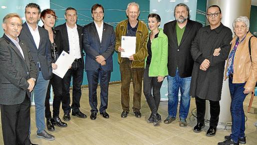 Miquel Perelló, Josep Cerdà, Mireia Vidal, Rafel Creus, Francesc Miralles, Josep Maria Jaumà, Bel Olid, Miquel Bezares, Sebastià Perelló y Tonina Canyelles.