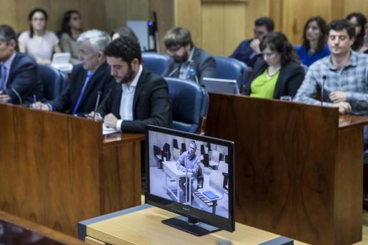 El exconsejero y exsecretario general del PP de Madrid Francisco Granados ha comparecido este viernes por videoconferencia desde la prisión de Estremera, donde se encuentra en prisión a raíz del caso Púnica, para declarar sobre el supuesto caso de espionaje en la comisión de investigación de corrupción de la Asamblea de Madrid.