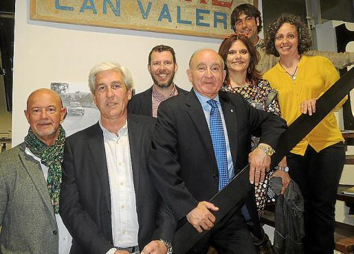 Miguel Rullán, Juan Verd, Tomeu Alcover, Francisco Martorell, presidente de Asima; Cheska Díaz, Miguel Crego y Laura Poveda.