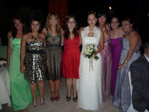 Cristina de Almagro, Mirian Villarreal, María Angeles Sánchez, Mireia Bes, Susana Sánchez, Cris Sánchez, Raquel Hernández y Ana de Guillem.