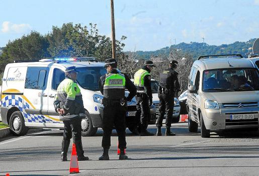 Imagen de archivo de un control de la Policía Local de Calvià.