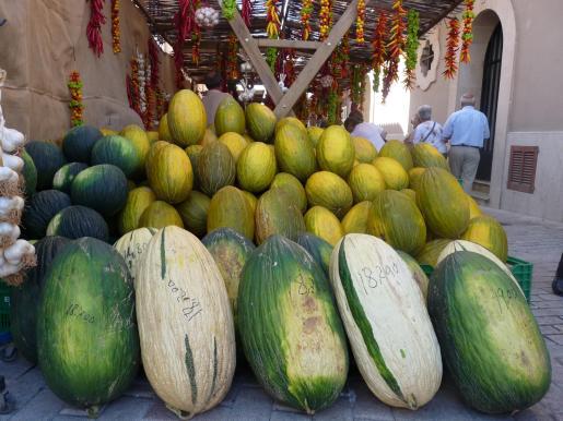 El melón, un producto tradicional en Vilafranca de Bonany, es el eje central de esta Fira i Festa del Meló.