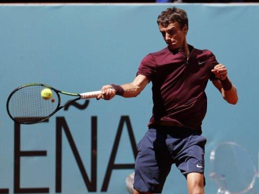 El ruso Andrey Kuznetsov ha batido este lunes al serbio Victor Troicki por 6-4 y 6-4 el el Masters 1.000 de Madrid.
