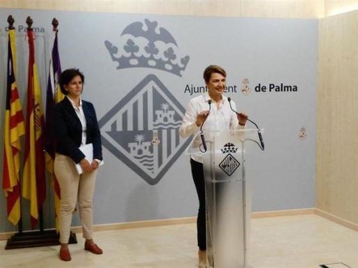 La portavoz de PP en Cort, MArgalida Durán, ha asegurado que la empresa municipal de aguas y alcantarillado, Emaya, ha aumentado un 50 % sus altos cargos en el último año, lo que ha supuesto un gasto anual de unos 300.000 euros.