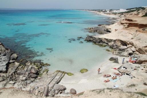 Según la portavoz del Ejecutivo, nadie duda de la calidad de las playas de Formentera, que no cuentan con ninguna bandera azul.
