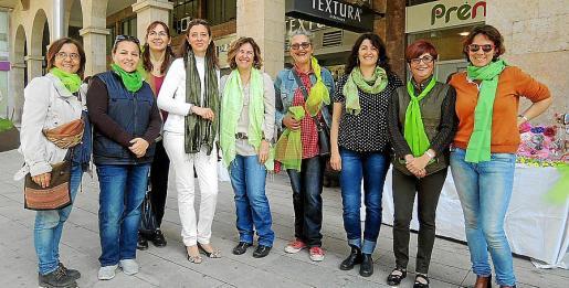 Lourdes Terrasa, Paola Guevara, Patricia Rottini, Alejandra Epifani, Marta Gil, Maika Valls, Andrea Hügel, Pilar López y Alfonsina Ramírez.
