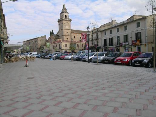 Santa Maria del Camí es una localidad vinculada a la comarca del Raiguer y al cultivo de viñas.