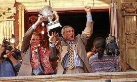 El equipo ofreció la Supercopa de España a la afición.