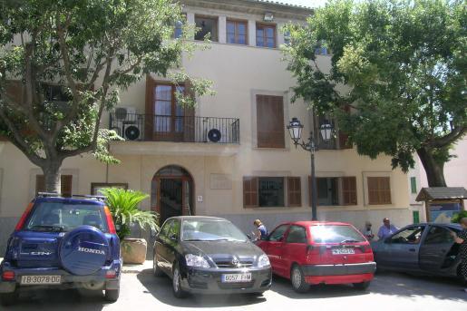 Imagen de la Casa de la Vila, en Sencelles.