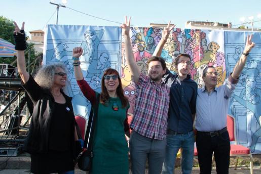 Íñigo Errejón, segundo por la izquierda, ha participado en un acto de Podemos en Palma.