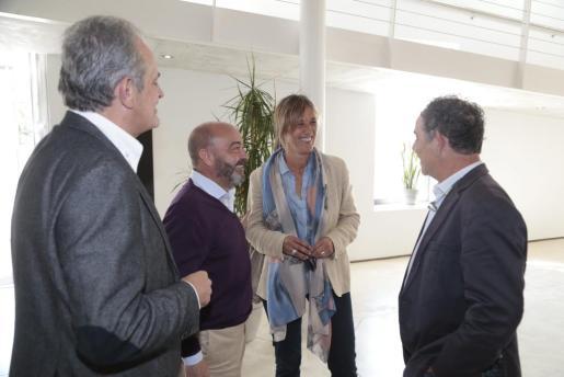 Teresa Palmer, en el centro, junto a Miquel Ramis, Antonio Gómez y Joan Jaume en Inca.