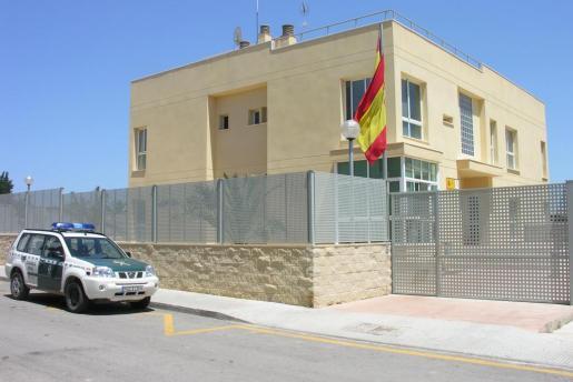 Agentes de la Guardia Civil de Inca se han hecho cargo de la investigación del asalto del chalet de Lloseta.