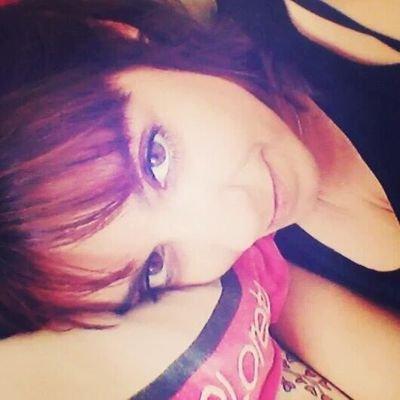 Imagen de perfil del Twitter de Loreto Amorós.