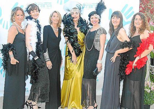 Patricia Moliné, Claudia Ziros, Elisabeth Homeberg, Gema Izquierdo, Beatriz Benavente, Marga Ribas y Patricia Raduán.
