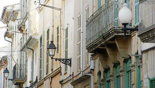 El Consistorio pretende privatizar el mantenimiento del alumbrado público del municipio.