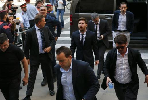 Lionel Messi, a su llegada a la Audiencia de Barcelona.