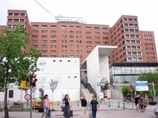 Imagen de archivo del hospital Vall d'Hebron de Barcelona, donde ha sido ingresado el niño.