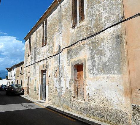 Vista actual de la fachada de Can Garrover.