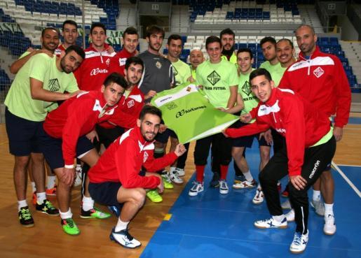 Los jugadores del Palma Futsal posan en Son Moix.