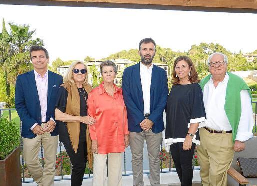 Francisco Vila, Rosa Arto, Nini Ferrer, Bernat Llobera, Maite Alcover y Ramón Vilana.