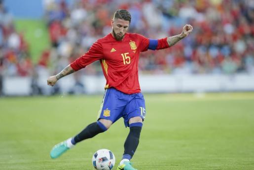 El defensa de la selección española Sergio Ramos, durante el partido amistoso frente a Georgia jugado este martes en el Coliseum Alfonso Pérez de Getafe.
