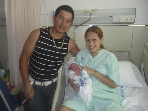 El pequeño Justin y sus padres se encuentran en perfecto estado de salud.