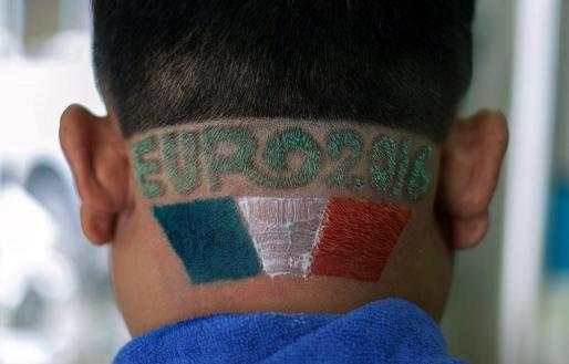 Los aficionados se preparan para vivir la Eurcopa de Francia 2016.