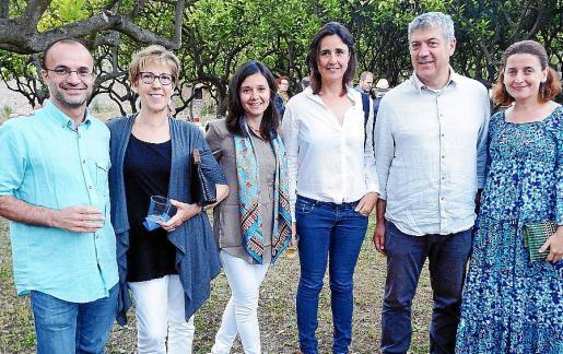 Miquel Valls, Francisca Riera, Elena Estarellas, Aina Aguareles, Antoni Sacarés y María José Martínez.