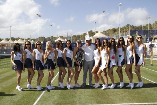 Las mises, tras la clase práctica con Toni Nadal.