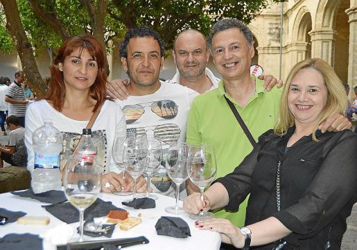 Xisca Galmés, Juan Carlos Bassa, Xisco Lliteras, Rafel Amorós y Marga Bassa.