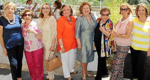 Carmen Carreras, Juana Canals, Rafi Córdoba, Carmen Ceva, María Fullana, Rosita Vidal, Mercedes Alonso y Margalida Prohens.