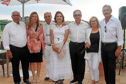 Martí Ferrer, Jerònia Moranta, Pedro Fluxà, Xisca Cañellas, Joan Amer, Cati Cerdà y Sebastià Pujol.