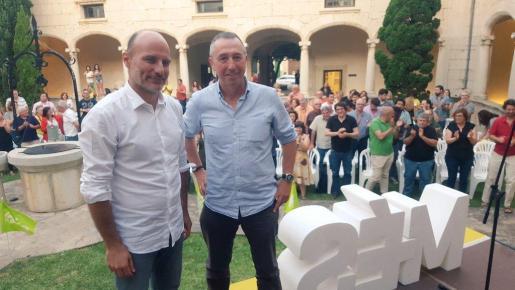 Antoni Verger (i), condidato de MÉS per Mallorca en la coalición de Units Podem MÉS.